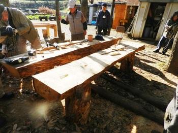 21_テーブル組み立て_2016-12-25.JPG