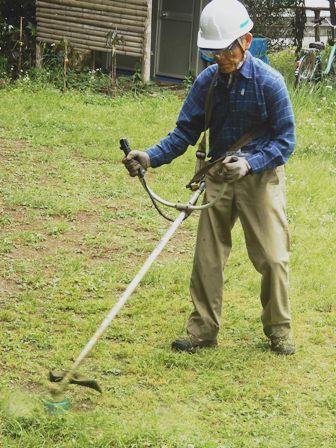 広場の草刈り.JPG