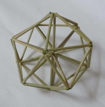 正20面体に筋違いを入れる.jpg