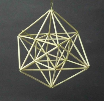 正6面体の中の正8角星.jpg