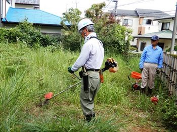 住宅内空地の草刈.JPG