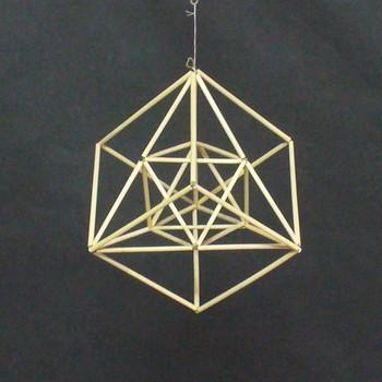 正4面体と正六面体のコラボ.jpg