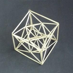 立方8面体から作る星形を内包した正6面体.jpg