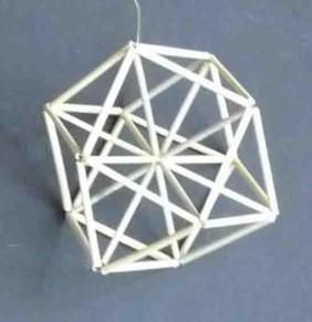 立方8面体(筋違い入り).jpg