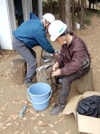鎌研ぎ.JPG