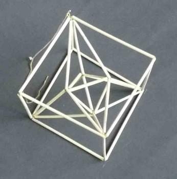 4角星プラス正6面体.jpg